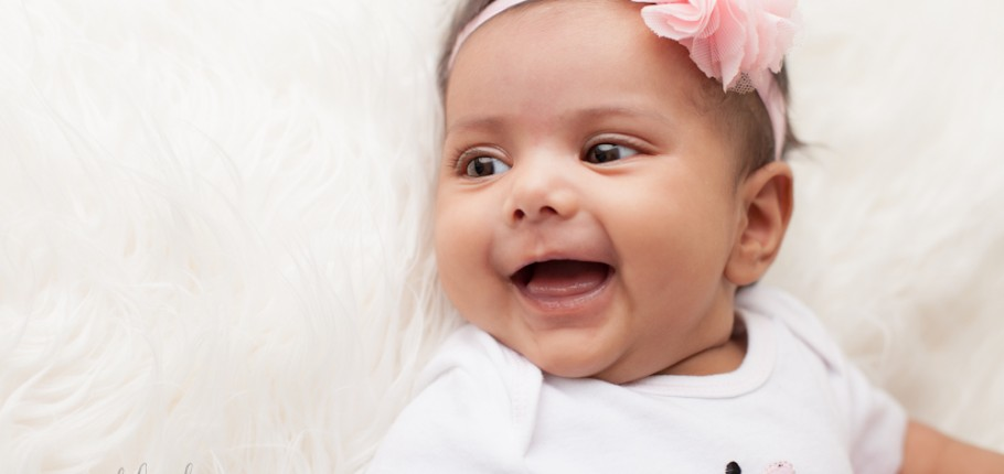 The best two month baby smile – North York, Toronto, Baby Photography