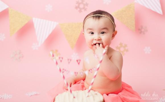 A Pink Winter Wonderland Snowflake Cake Smash – North York, Toronto Photography / Photographer